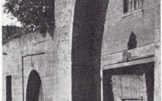 Культовые сооружения — Кырхляр-мечеть, Джума-мечеть