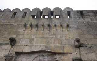 Кырхляр-капы (VI В.) — ворота северной стены