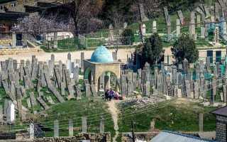 Святыня Джум-Джум (XI Век) — саркофагные надгробия