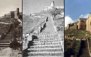 До — После.  Вид с лестницы на цитадель Нарын-Кала