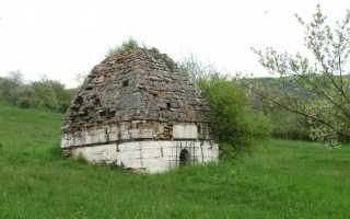 Мавзолей в селении Хучни