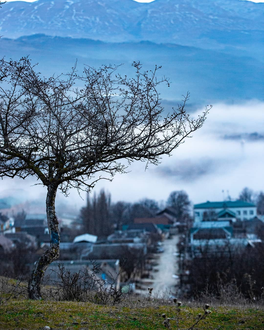 Дагестан. Аул в тумане.