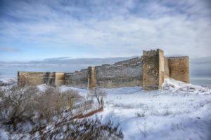 Крепость в снегу