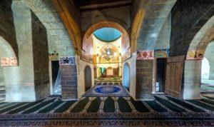 Кумух, колонны мечети