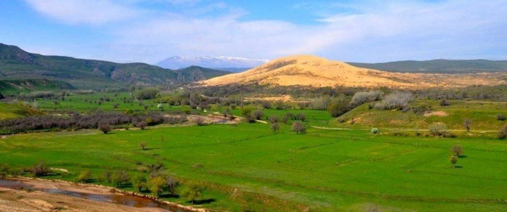 Белая гора, зелёная гора, жёлтая гора